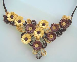 collier quilling marron doré 2