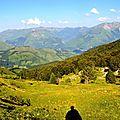 La vallée d'Aspe depuis la cabane d'Ichèus.