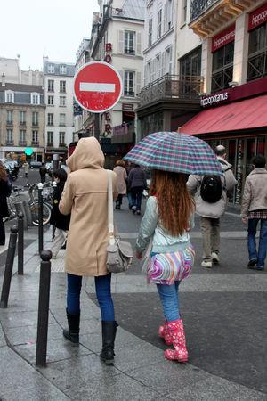 sous_la_pluie__parapluie_8454