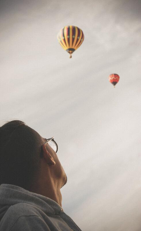 montgolfiere photo-1523536334348-b792b2c0fa41
