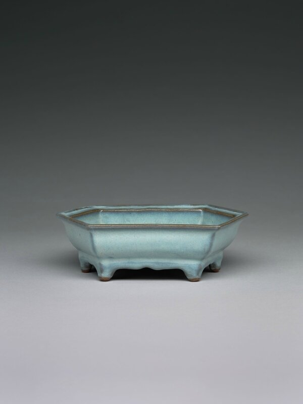 Elongated Hexagonal Basin with Six Small Feet, Ming dynasty, 1368-1644, probably 15th century