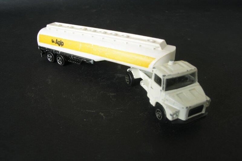 364_Scania semi citerne Agip_02