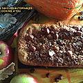 Cake chocolat blanc aux saveurs automnales...potimarron, pommes, noisettes.