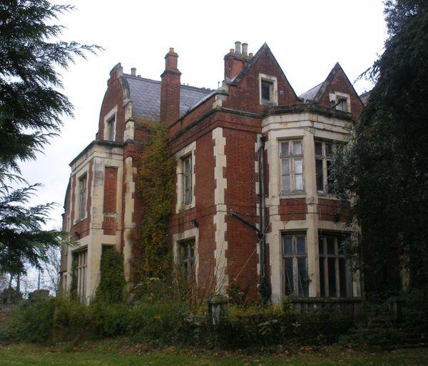 berkyn-manor-horton Berkshire J Rayner photo