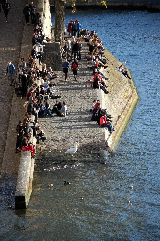 2-Bain de soleil, quai de seine_5473