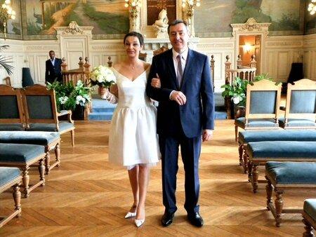 Robe mariée mairie couple