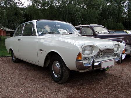FORD Taunus 17M P3 2 portes 1964 Festival des Voitures Anciennes de Hambach 2009 1