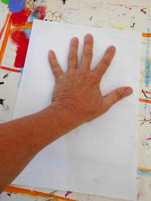 219_Afrique_Une girafe dans la main (27)