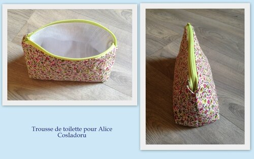 Trousse de toilette12