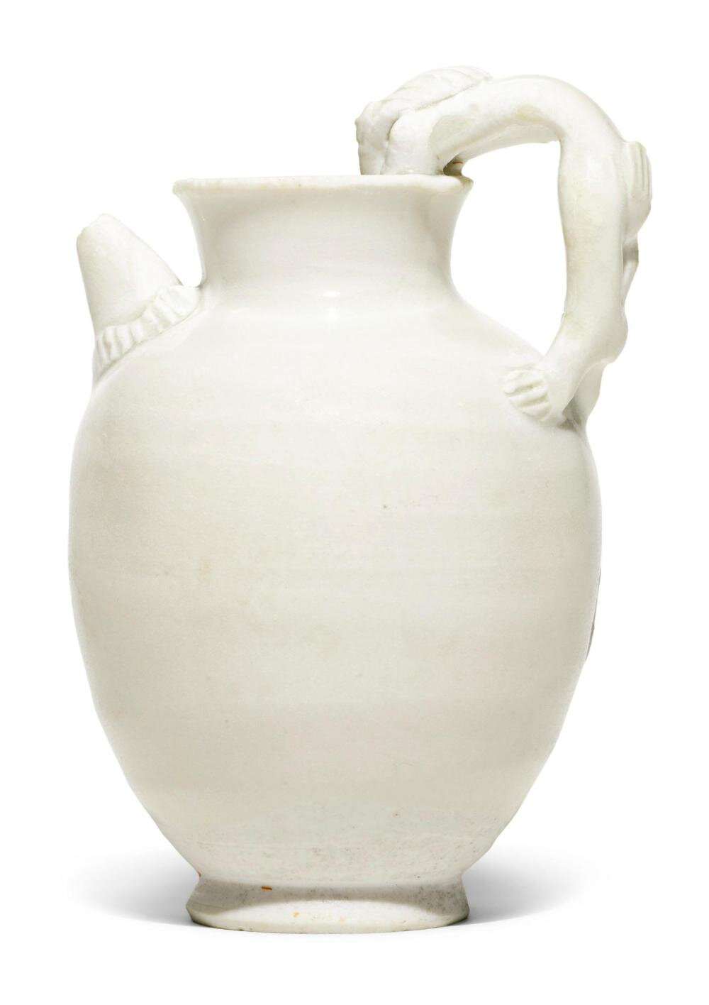 A 'Xing' ewer, 10th century