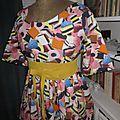Robe RAYMONDE en coton imprimé ''Je vous ai apporté des bonbons'' à manches raglan - longueur genoux - taille unique (1)