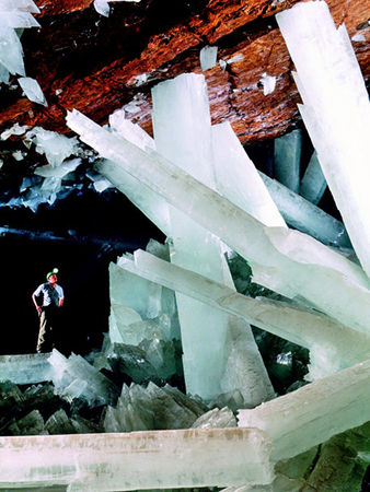 070406_giant_crystals_big