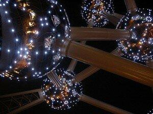 atomium_illumination