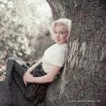 1953-09-02-LA-Laurel_Canyon-Tree_Sitting-012-1
