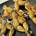 Yakitoris de cuisses de grenouille
