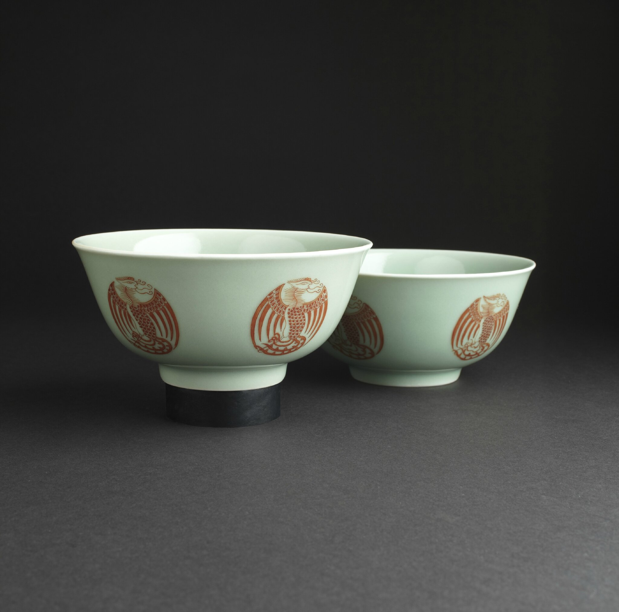 A pair of celadon-ground and iron-red 'Phoenix' medallion bowls, Daoguang seal marks and of the period. Photo courtesy Lyon & Turnbull, Edinburgh.