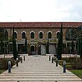renaissance après 42 ans de fermeture de la bibliothèque nationale du liban