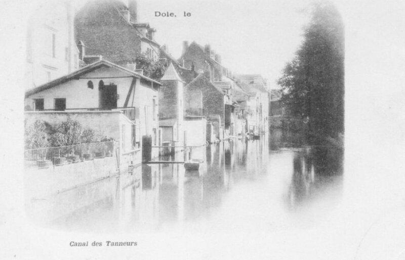 CPA Dole Canal des Tanneurs XX2