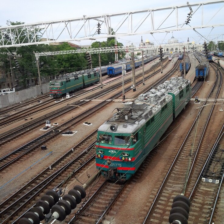 Trains en gare d'Odessa 26 août 2014 JP-N