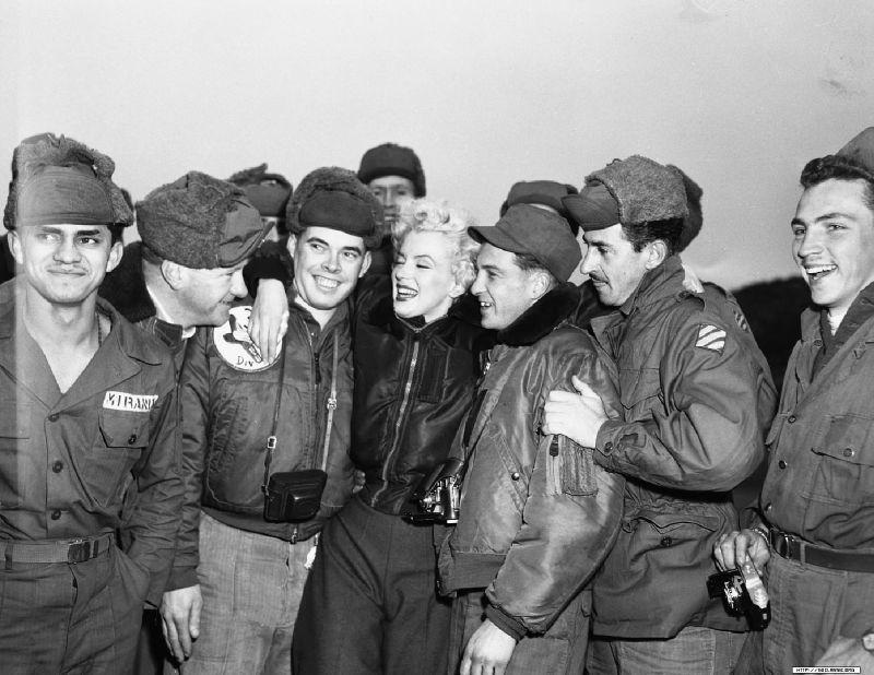 1954-02-17-korea-3rd_infrantry-with_GIs-010-by_walt_durrell-1