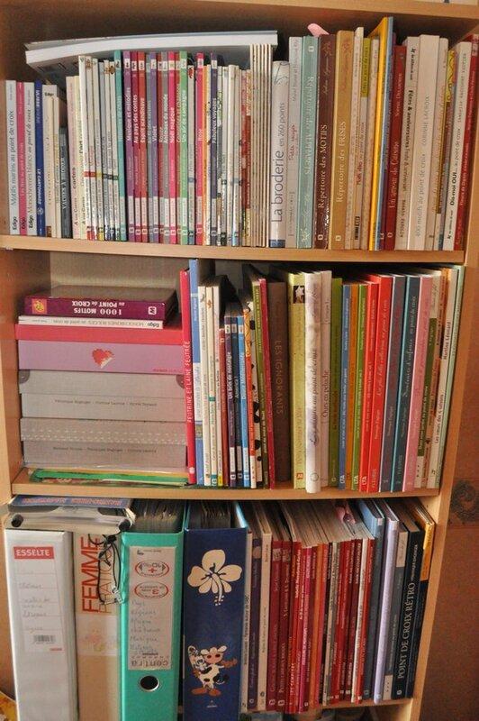 bibliothèque pour broder (2) (Copier)