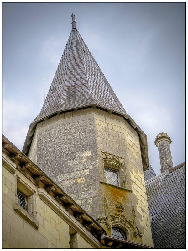 Le 12 juin, Cathelineau fut nommé, à Saumur, général en chef de la grande armée catholique et royale de la Vendée
