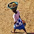 Scènes quotidiennes à belo sur tsiribihina