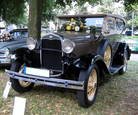 Ford_type_A_180_phaeton_de_1930_01