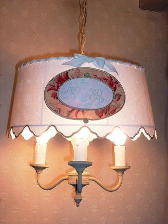 lustre bouillotte tissu ancien monogrammé