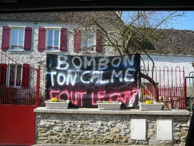 BOMBON-TON_CALME_FOUT_LE_CAMP
