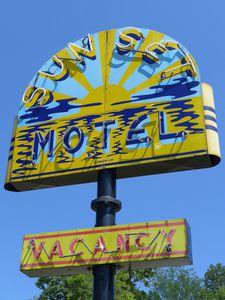 Sunset Motel neon (768x1024)