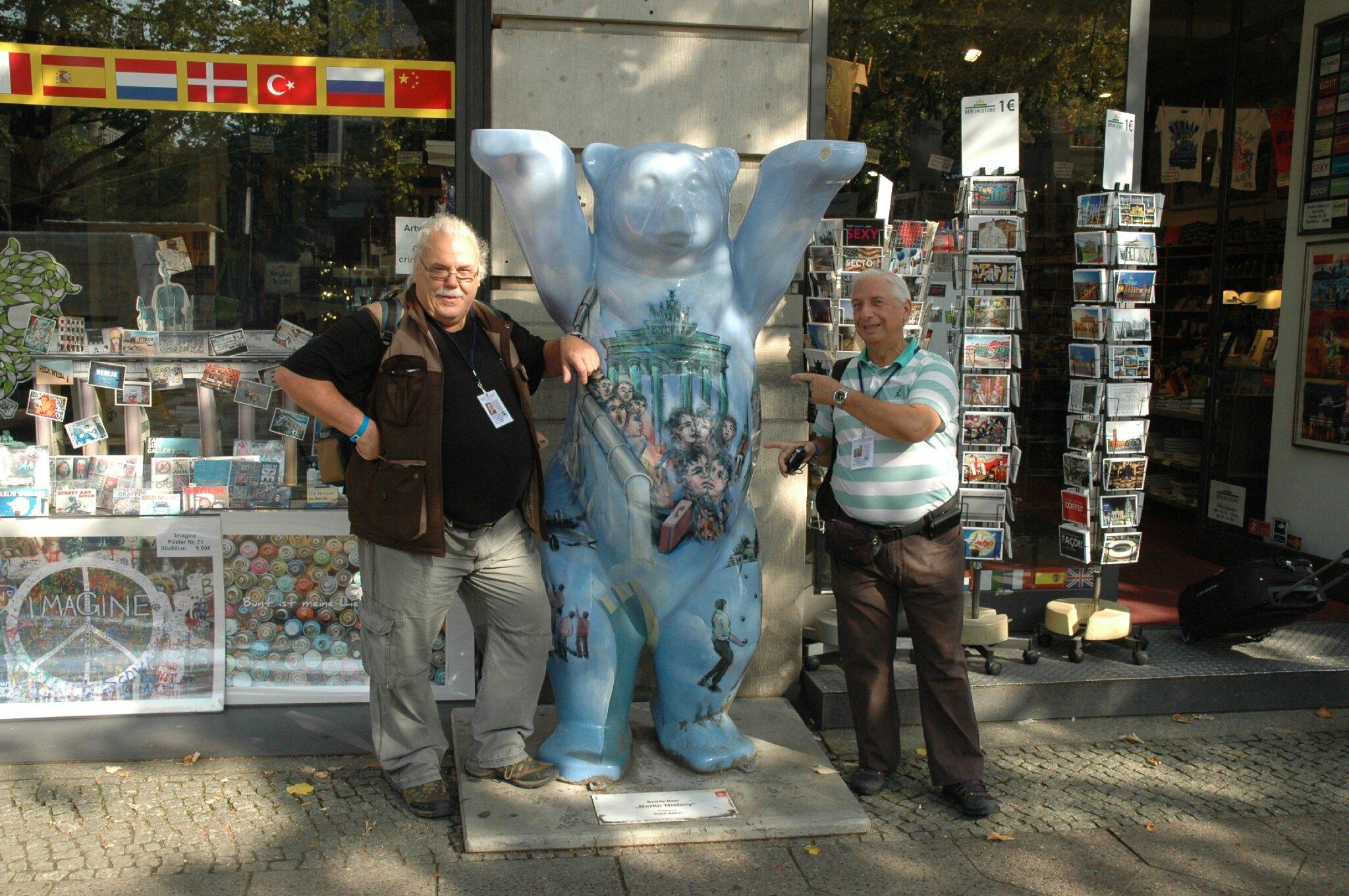 095 Unter den Linden Jacques & Gilles (2)