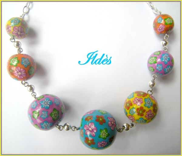 fimo collier boules fleuries 2