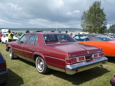 OLDSMOBILE Delta 88 Royal 4door Sedan 1979 Madine (2)