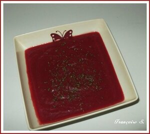 gaspacho betteraves rouges