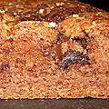 Cake au cacao en poudre non sucré, pralin et chunks de chocolat noir (sans oeuf)