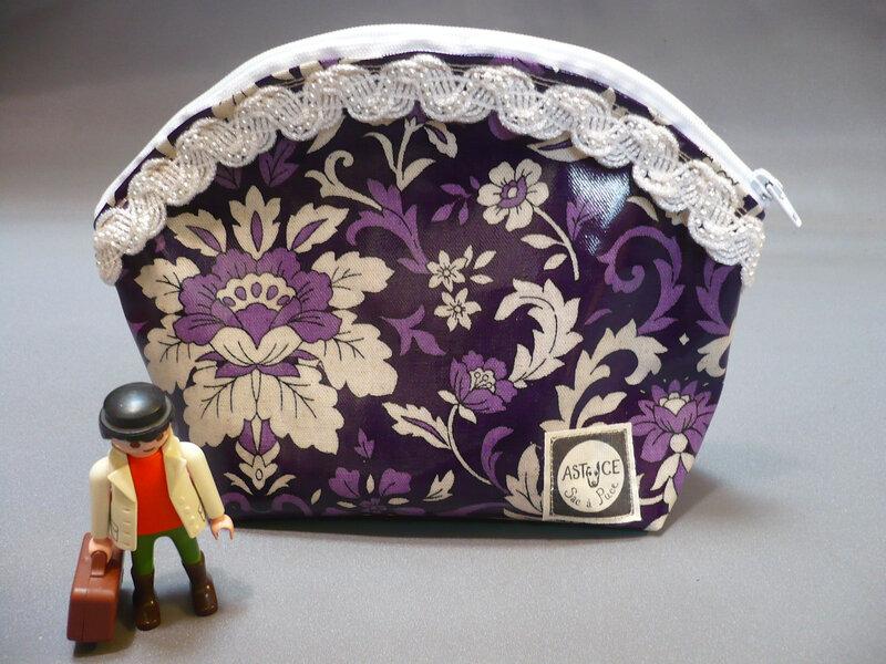 la fleurs violettes