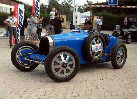 Bugatti_type_35B_GP_de_1926__Replica__01