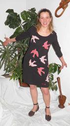 robe_hirondelle_noire_et_rouge_ray__T1