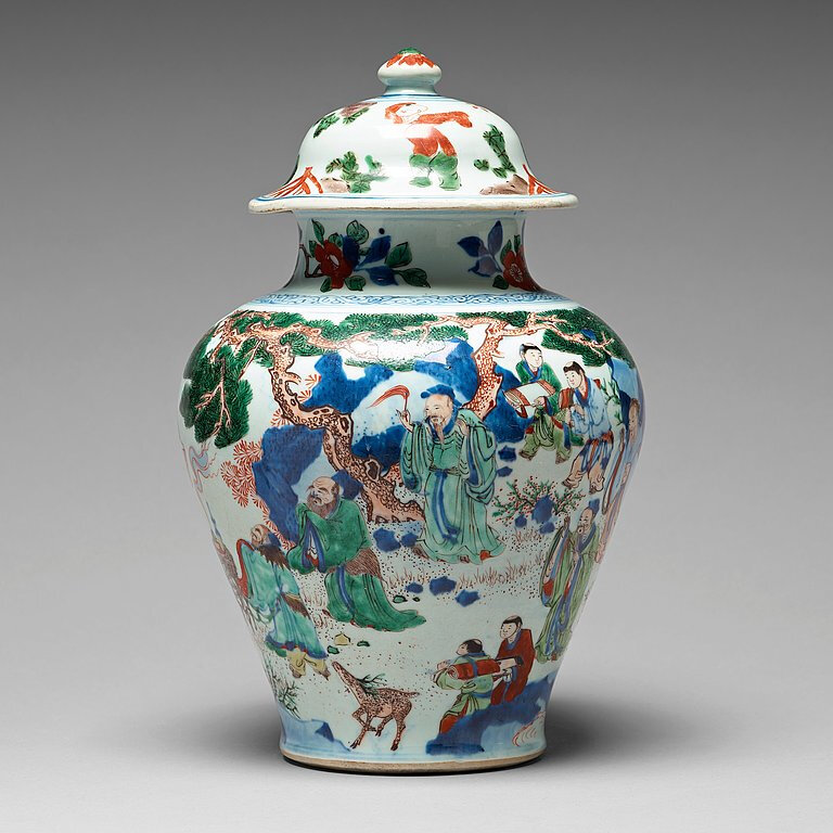 A Transitional Wucai jar with cover, 17th Century