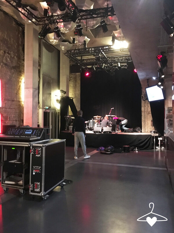 01-visite-trempolino-ile-de-nantes-preparation-salle-backstage-blog-alice-sandra