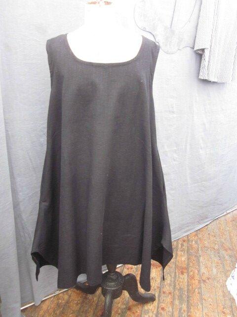 Robe EUPHRASIE en lin noir (2)