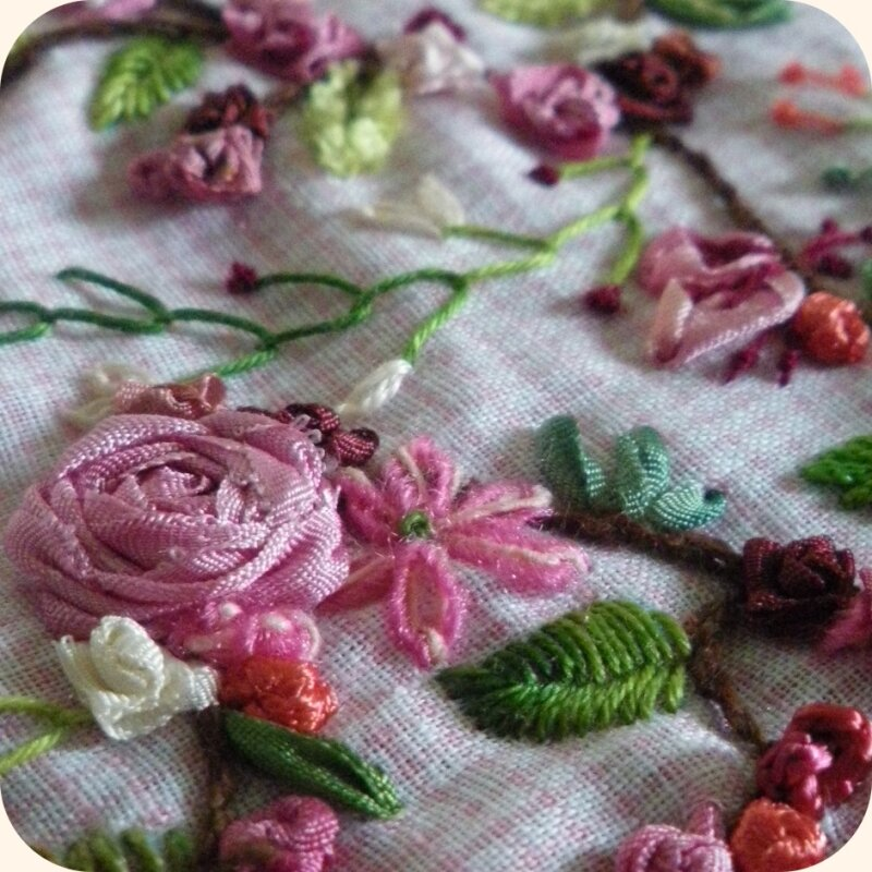 Broderie Rose(s) terminée !