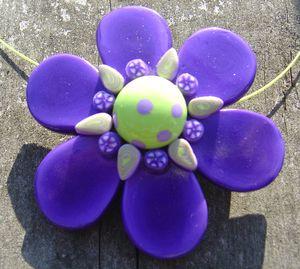 Pendentif_fleur_violette