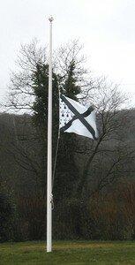 Le_drapeau_de_la_SBV_en_berne