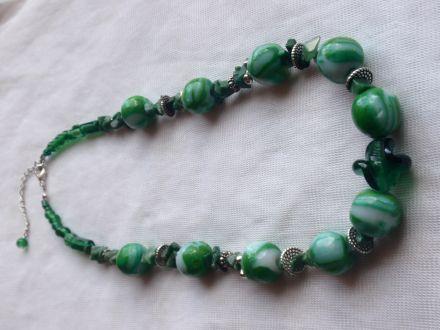 Collier pierre semi précieuses et perles en Fimo