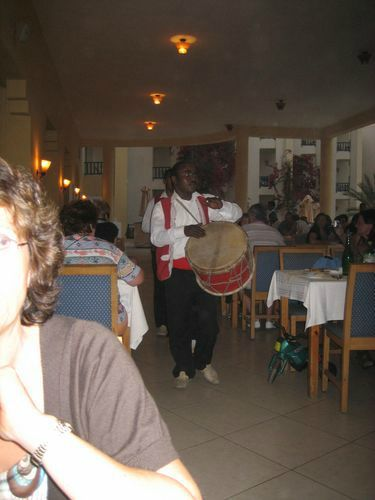 Musiciens au restaurant - Photo 44