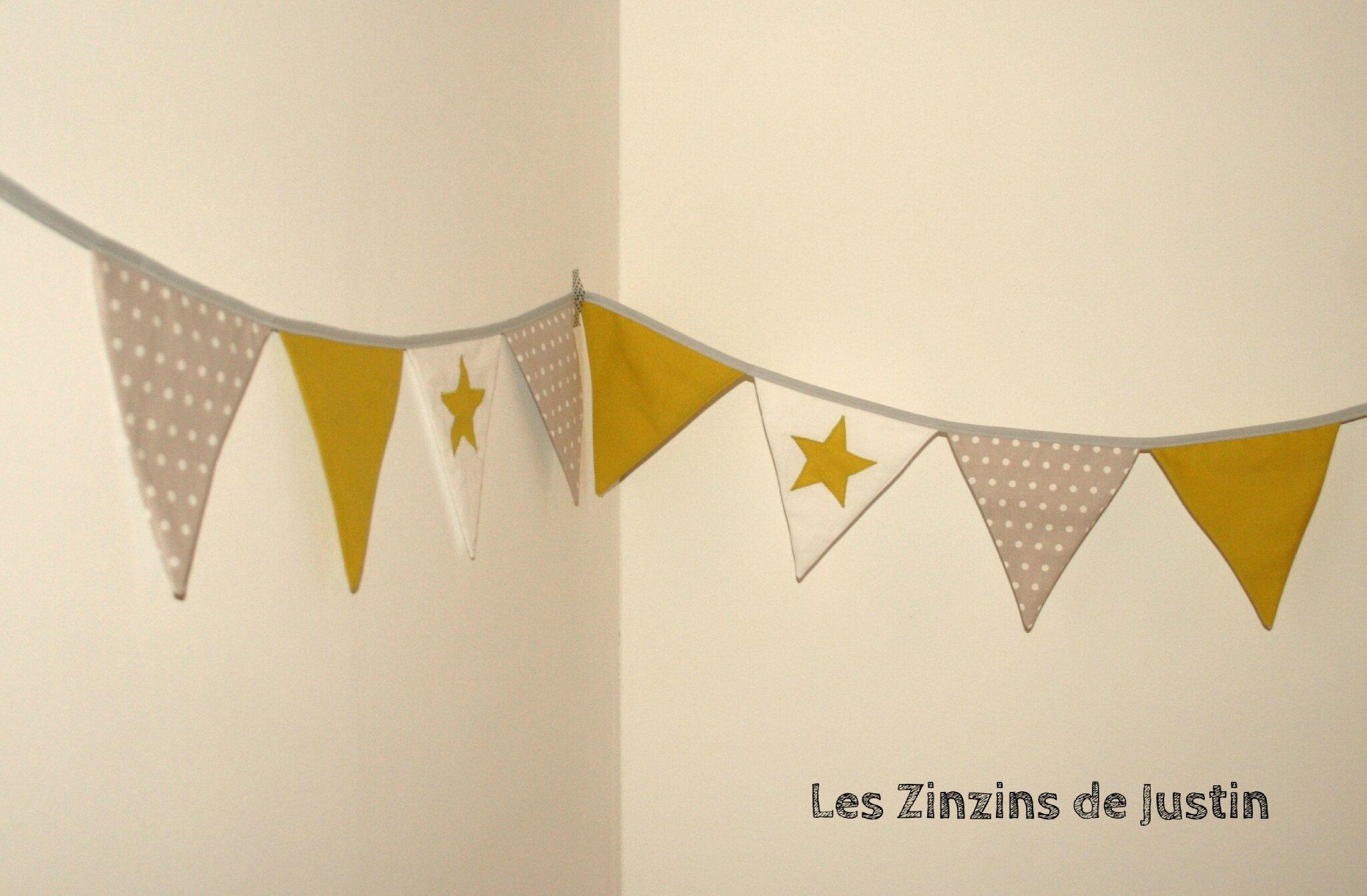 guirlande fanion jaune et gris - Photo de Guirlande fanion - Les ...