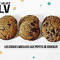 Des gros cookies moelleux aux pépites de chocolat :)