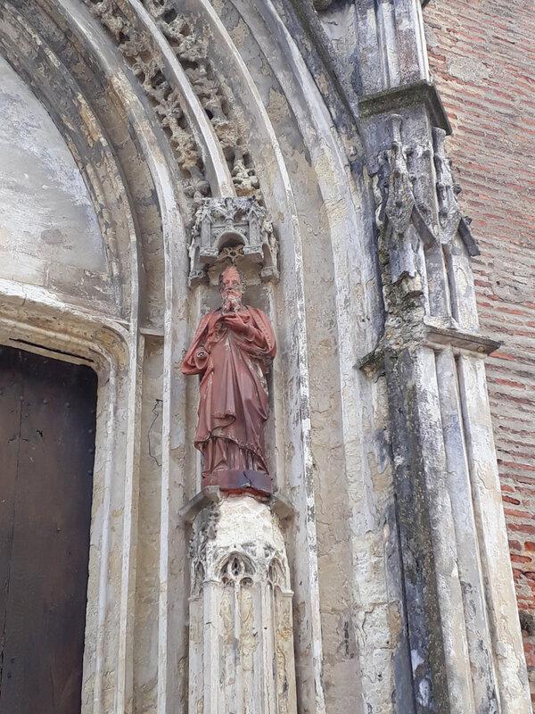 la cathédrale Saint-Luperc.